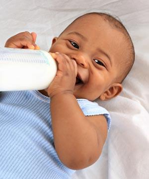 shutterstock_19101262_baby_drinking_300px