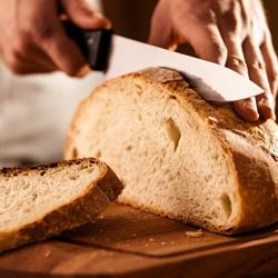shutterstock_124504393_gluten_free_bread_250px