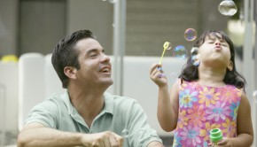 shutterstock_137492300_father_daughter_620px