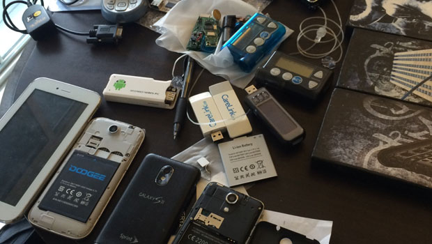imgur_OEtgm4S_hacking_Devices_620px