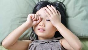 shutterstock_249360013_sleepy_asian_child_620px